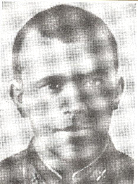 Петр Комлев